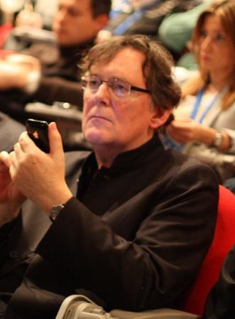 Jeremy Harmer tweeting during a talk at ISTEK Intl Conference - 2010